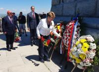 Руският посланик участва в тържествата за Деня на победата в Пловдив