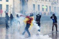 17 души загинаха, повече от 800 са ранени при сблъсъци в Колумбия