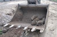 """Откриха авиоснаряд от Втората световна при ремонта на трамвайното трасе по бул. """"Македония"""""""