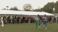 Експеримент: 5000 души на музикален фестивал в Ливърпул