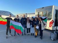 """Виктория и българската делегация за """"Евровизия"""" вече са в Ротердам"""