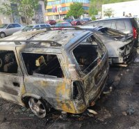 """Две коли изгоряха в """"Дружба 2"""", версията е умишлен палеж"""