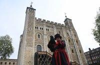 Легенда за шестте гарвана в Лондонската кула е жива и днес (Снимки)