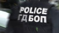 Разбиха международна група за измами, петима души са арестувани