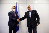 Бойко Борисов проведе среща с еврокомисаря по разширяването Оливер Вархей