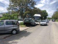 След като автобус помете линейка и 7 коли: Проверяват версията за техническа неизправност