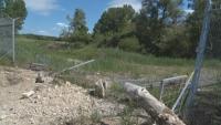 Паднала е част от оградата по границата с Турция