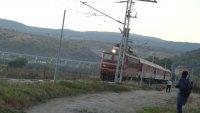 Пътнически влак е блокиран в междугарието Хан Аспарух - Нова Загора
