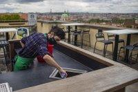Чехия отваря хотели, театри и кина