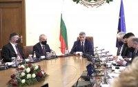 Служебното правителство се събира на извънредно заседание