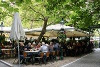 След 200 дни карантина: Заведенията във Виена вече работят