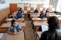 """Зрелостниците писаха по """"Песента на колелетата"""" на Йовков"""
