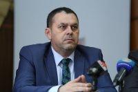 Бившият директор на Вътрешна сигурност твърди, че му е оказван натиск