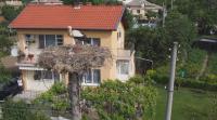 Спасиха пострадал щъркел и малките му в село Хаджидимитрово