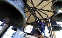 """Храм """"Св. Александър Невски"""": Магията на медното звучене на камбаните (Снимки)"""