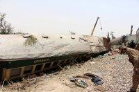снимка 4 Най-малко 63 са загиналите във влаковата катастрофа в Пакистан