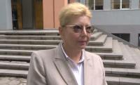Родители протестират срещу предсрочно освободена учителка в София