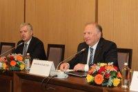 Министър Стоев представи външнополитическите приоритети на България пред Дипломатическия корпус