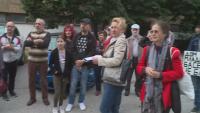 """Протест във Варна заради събарянето на плувния комплекс """"Дом Младост"""""""