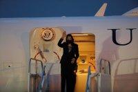 Самолетът на вицепрезидента на САЩ спешно беше приземен
