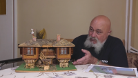 Врачанин с нетипично хоби: Изработва макети на старинни къщи