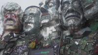 Създадоха огромна скулптура от отпадъци на лидерите от Г-7