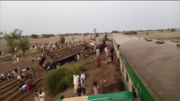 Десетки загинаха във влакова катастрофа в Пакистан