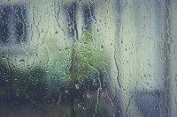 Краткотрайни валежи и гръмотевици в близките часове