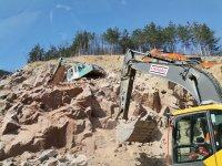 Заради взривни работи спират движението на пътя Калотина – Драгоман