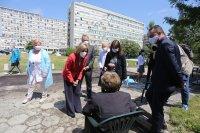 Еврокомисарят по здравеопазване насърчи ваксинационния процес в България