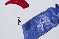 НАТО смята да се обяви против наземни ядрени ракети в Европа
