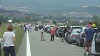 Пътуващите към Гърция отново чакаха часове на границата