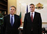 Стефан Янев и посланикът на Испания обсъдиха сътрудничеството в рамките на ЕС и НАТО