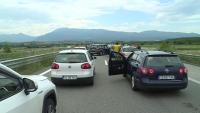Около 5 часа чакане за влизане в Гърция