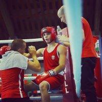 Ясен Радев е полуфиналист на европейското по бокс и гарантира още един медал за България