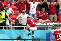 снимка 8 Унгария измъкна точка от световните шампиони