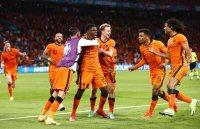 Нидерландия потрепери, но победи Украйна в Амстердам