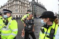 14 арестувани на протести срещу COVID мерки в Лондон