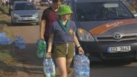 Доброволци от цяла Чехия помагат на засегнатите след мощното торнадо