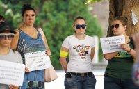 Туроператори излязоха на протест - искат оставката на служебния министър на туризма