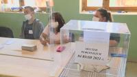Все още няма резултати от вота след референдума в Бургаско