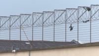 СЛЕД РЕПОРТАЖ НА БНТ: НАП проверява високите цени в мигрантския център в Бусманци