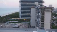 Събориха изцяло рухналата сграда в Маями преди бурята Елза