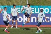 Испания няма загуба в четири полуфинала на Европейско