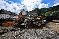 снимка 18 Унищожителни наводнения в Германия (Снимки)