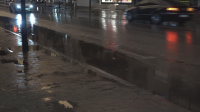 Силен дъжд превърна в река центъра на Велико Търново