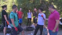 Доброволци почистват парк край Русе