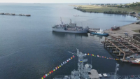 Русия и НАТО се надпреварват с учения и стрелби в Черно море