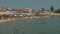 Увеличен е броят на секциите в Гърция заради големия брой български туристи