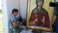 Лековито аязмо събра вярващи на празника на Света Марина